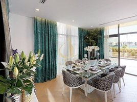 3 غرف النوم فيلا للبيع في Aquilegia, دبي Just Cavalli Villas