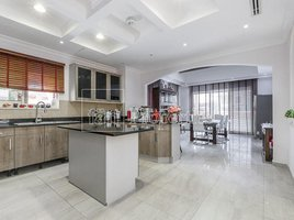 5 Bedrooms Property for sale in , Dubai The Centro