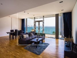 1 Bedroom Property for sale in Bluewaters Residences, Dubai Apartment Building 2