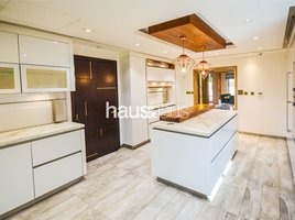 4 Bedrooms Property for sale in The Hills C, Dubai Exclusive | Fully upgraded | Call Isabella now