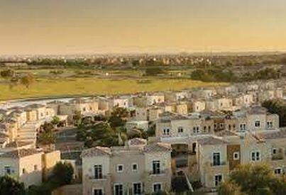 Neighborhood Overview of La Avenida, Dubai