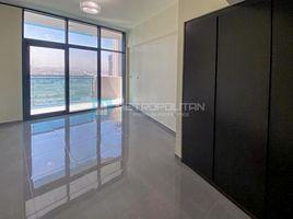 недвижимость, 3 спальни в аренду в , Дубай Merano Tower