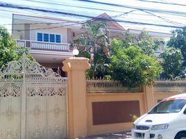 金边 Boeng Kak Ti Pir Big Fully Finished Villa For Rent in TUOL KORK, 8BR:$2500/m ផ្ទះវីឡាសំរាប់ជួលនៅទួលគោក, ៨ បន្ទប់គេង, តម្លៃ $2500/ខែ 8 卧室 房产 租