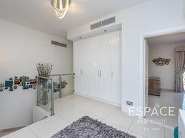 4 Bedrooms Property for sale in Deema, Dubai Deema 3
