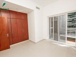 недвижимость, 3 спальни в аренду в , Дубай The Zen Tower