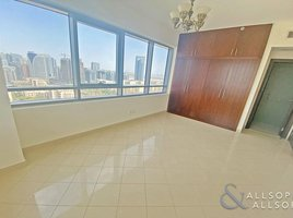 2 Bedrooms Apartment for sale in Golf Towers, Dubai Golf Tower 1