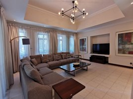 4 Bedrooms Villa for rent in Naif, Dubai Unfurnished -Golf M'ship - Bills Included - City Centre