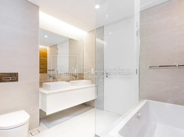 2 Bedrooms Property for sale in Bluewaters Residences, Dubai Apartment Building 2