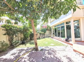 4 Bedrooms Villa for rent in Naif, Dubai 30 days free - Large garden -spacious -garage