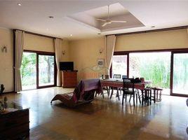 4 Bedrooms Villa for sale in Phnom Penh Thmei, Phnom Penh Colonial Villa and Land For Sale In Sen Sok
