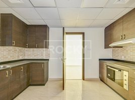 2 Bedrooms Property for sale in , Dubai Riah Towers