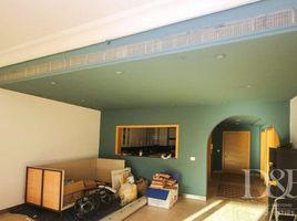 недвижимость, 2 спальни в аренду в Shoreline Apartments, Дубай Al Khushkar