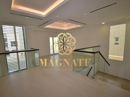 4 Bedrooms Property for sale in Villa Lantana, Dubai Villa Lantana 2
