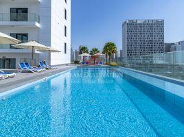 недвижимость, 1 спальня в аренду в , Дубай SOL Bay