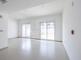 3 Bedrooms Property for rent in Arabella Townhouses, Dubai Middle Townhouse | Homely & Back to Back