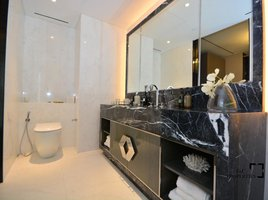 3 Bedrooms Property for sale in Shoreline Apartments, Dubai One at Palm Jumeirah