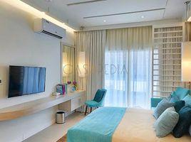 недвижимость, 2 спальни на продажу в Jumeirah Bay Towers, Дубай Golf Views Seven City