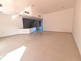 4 Bedrooms Property for rent in Jumeirah 2, Dubai Spacious villa - Next to Pool - Close to Beach