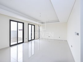 5 Bedrooms Property for rent in Sanctnary, Dubai Best layout | G +2 | Open View | Vacant