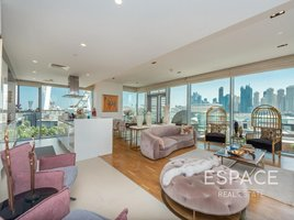 3 Bedrooms Apartment for sale in Bluewaters Residences, Dubai Apartment Building 6