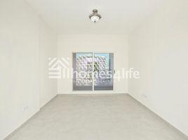 недвижимость, 2 спальни на продажу в Queue Point, Дубай Mazaya 1