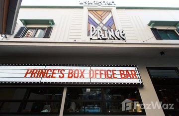Prince Theatre Heritage Stay in Si Lom, Bangkok