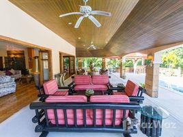 6 Bedrooms Property for sale in Rawai, Phuket Tristar Villa