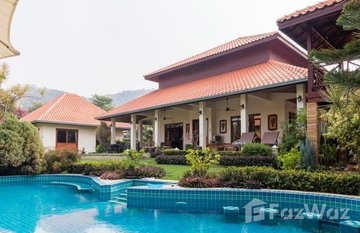 White Lotus 2 in Nong Kae, Hua Hin