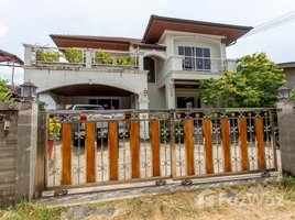 3 Bedrooms Villa for sale in Karon, Phuket 3BR House with Private Garden near Karon Beach, Phuket for Sale