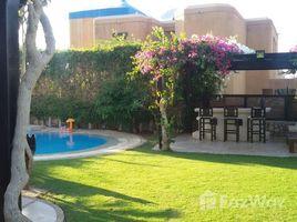 "4 Schlafzimmern Immobilie zu vermieten in , Matrouh Standalone Villa for Rent and Cabin in Hacienda Red with ""Pool"""