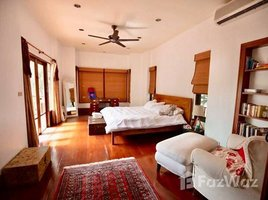 4 Bedrooms House for rent in Khlong Tan Nuea, Bangkok Detached House With A Private Pool