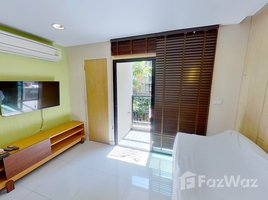2 Bedrooms Condo for rent in Phra Khanong, Bangkok Zenith Place Sukhumvit 42