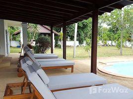 3 Bedrooms Villa for sale in Lipa Noi, Surat Thani Soi Viriya House