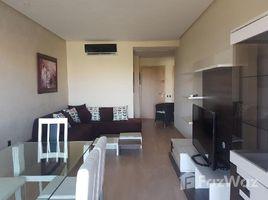 Marrakech Tensift Al Haouz Na Menara Gueliz Bel Appartement , ensoleillé bien meublé avec une belle terrasse et une superbe vue sur le golf,la piscine et l'Atlas, situé dans une résidence golfiq 2 卧室 住宅 租