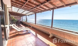 3 Bedrooms Property for sale in Manta, Manabi Large beachfront condo with open terrace!