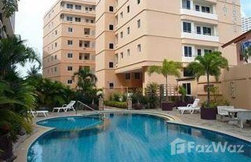 Wongamat Residence Condominium in Na Kluea, Pattaya