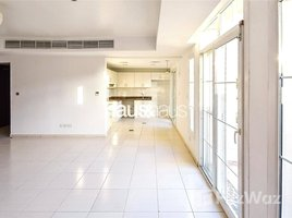 3 Bedrooms Property for sale in Oasis Clusters, Dubai Great Investment | Single Row | VACANT