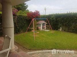 3 Bedrooms House for sale in La Libertad, Santa Elena FOR SALE SPECTACULAR 2 STORY HOUSE WITH BIG ABOVE GROUND POOL NEAR THE BEACH, Costa de Oro - Salinas, Santa Elena