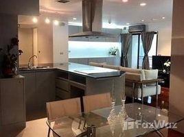 2 Bedrooms Condo for sale in Si Lom, Bangkok Silom Terrace