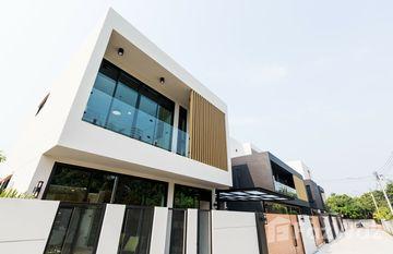 Yoo Homes Kad Farang in Ban Waen, Chiang Mai