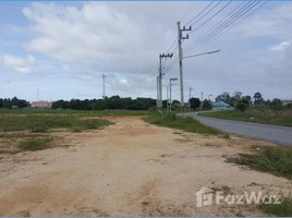 N/A Land for sale in Surasak, Pattaya Land For Sale 17 Rai In The Sahaphat Network Near The Community