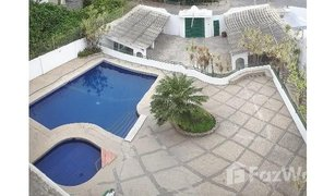 4 Bedrooms Property for sale in Salinas, Santa Elena CLOSE TO THE BEAH SEMI FURNISHED CONDO WITH SWIMMINGPOOL