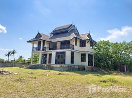 4 Bedrooms Property for sale in Pa Daet, Chiang Mai Modern Teak Lanna Renovation House