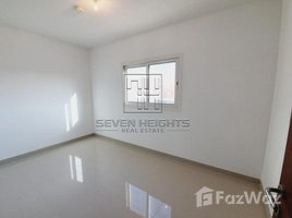 3 Bedrooms Townhouse for rent in , Abu Dhabi Manazel Al Reef 2