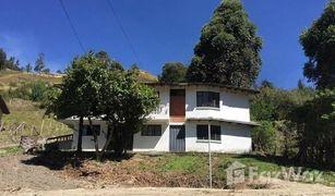 5 Habitaciones Casa en venta en El Tambo, Loja Loja