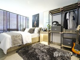 2 Bedrooms Property for sale in Talat Phlu, Bangkok Altitude Unicorn Sathorn - Tha Phra