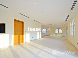 5 Bedrooms Villa for sale in European Clusters, Dubai Exclusive | Large Private Pool | District 2
