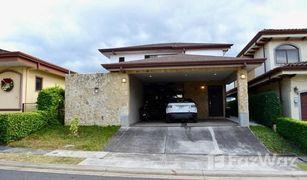 4 Habitaciones Apartamento en venta en , Heredia Barreal