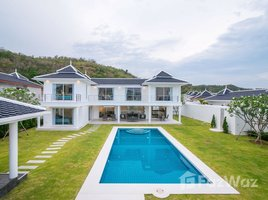 4 Bedrooms Property for sale in Nong Kae, Hua Hin Falcon Hill Luxury Pool Villas