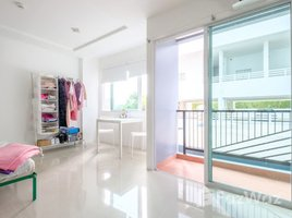 Studio Condo for sale in Nong Prue, Pattaya Trio Gems